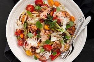 Kryddsotad Lax Med Vaniljmarinerade Tomater, Grillad Sallad & Fänkål
